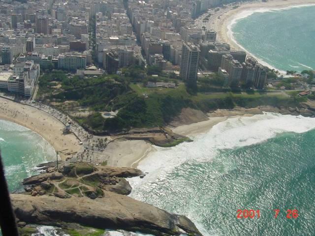 There must be fish! - Ipanema to Copacabana....26.07.01 (r)