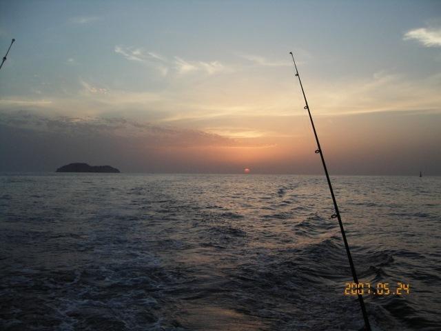 Fahal Island Dusk_24.05.07 (r)