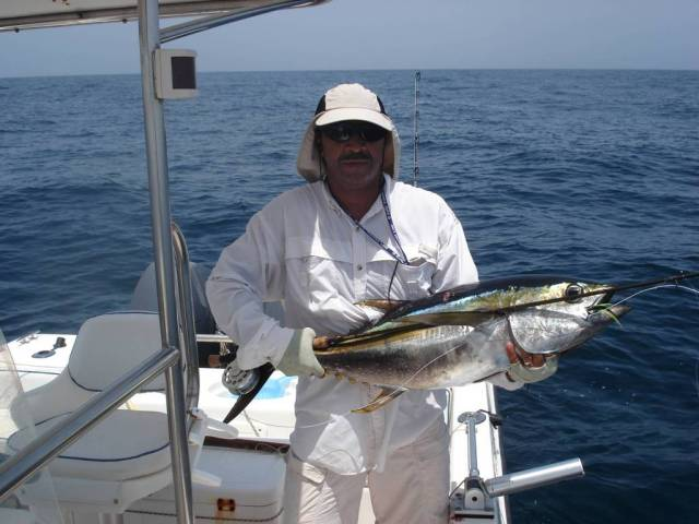 Kamal - 13kg Yellowfin on fly (3)_16.08.07