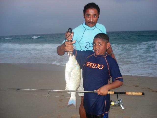 Kamal & Saif with a nice Sharry (Emperor fish) (11.04.07)