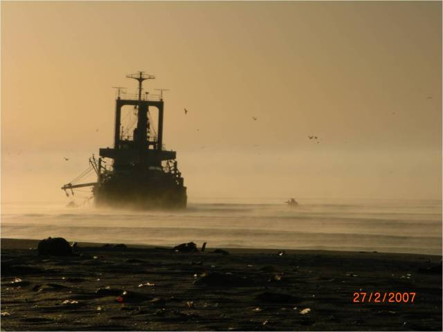 Ghost ship (2)