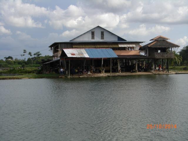 (22)_Thye Fishing Village scenery (25.10.14)