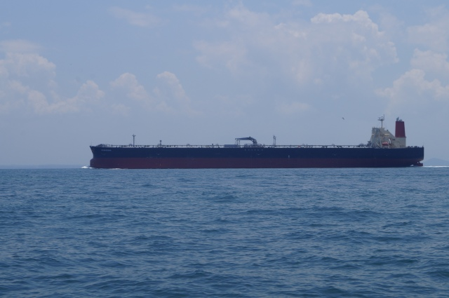 (38)_Strait of Malacca shipping (04.04.15)